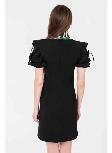 İroni Kolları Fırfırlı Mini Elbise Siyah